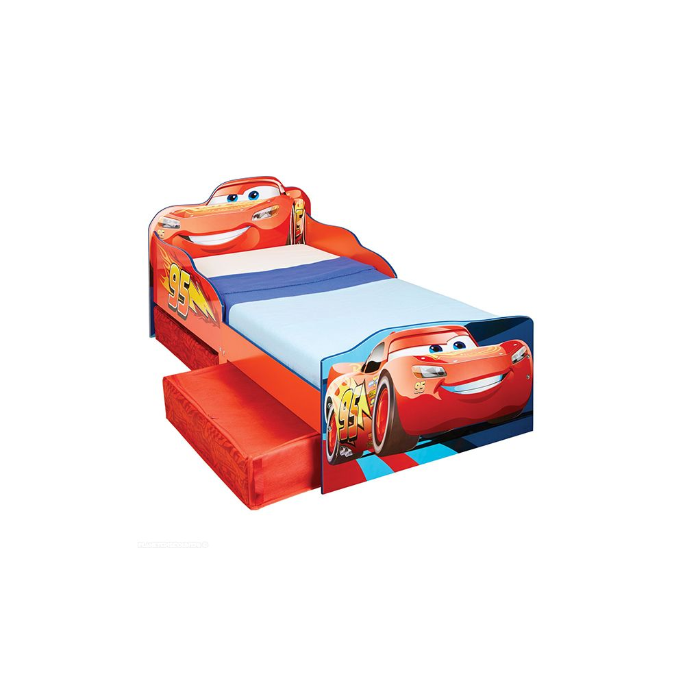 Lit enfant Cars avec rangements 140x70 Design Disney. Le lit enfant Cars Flash McQueen avec rangements Disneypour un matelas de dimension 70 x 140 cm,avec sommier et2 tiroirs de rangement.