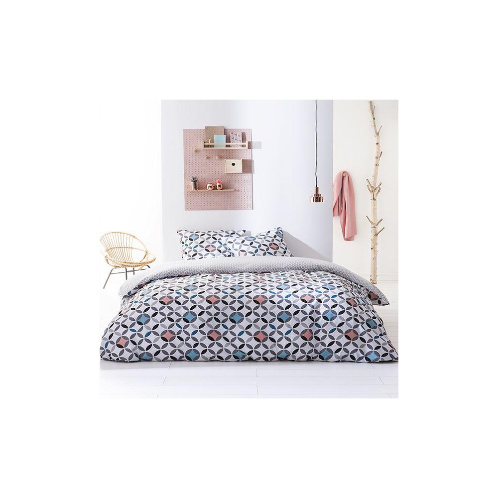 today achat parure de lit microfibre 240x260 kaliop pas cher. Black Bedroom Furniture Sets. Home Design Ideas