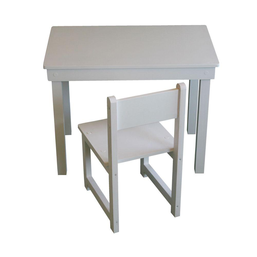 Ensemble table et une chaise en bois Made in France. Planete Discount vous propose l' ensemble table + une chaise en bois Made in France avec une assi
